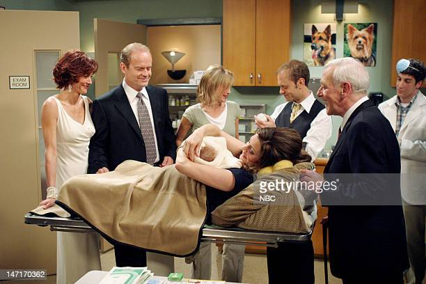 FRASIER Goodnight Seattle Episode 21 Pictured Wendie Malick as Ronee Lawrence Kelsey Grammer as Dr Frasier Crane Jane Leeves as Daphne Moon David...