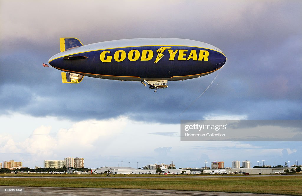 Goodyear Blimp, Florida : News Photo