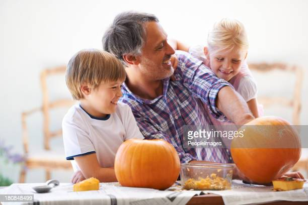Goofing mentre si hollowing il pumpkins