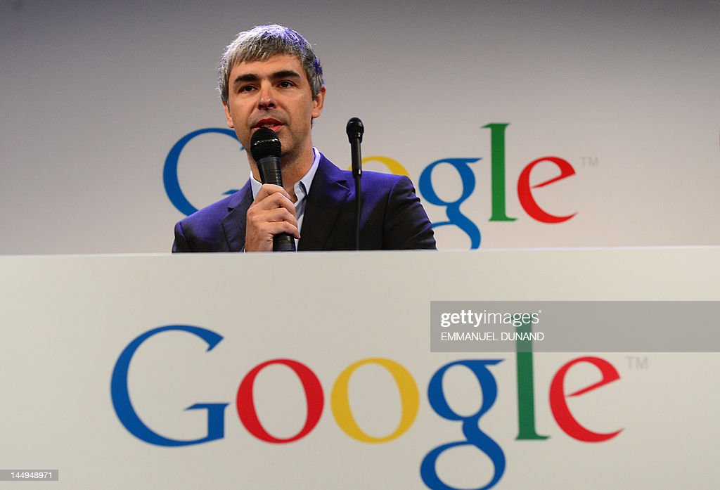 Google CEO Larry Page holds a press anno : News Photo