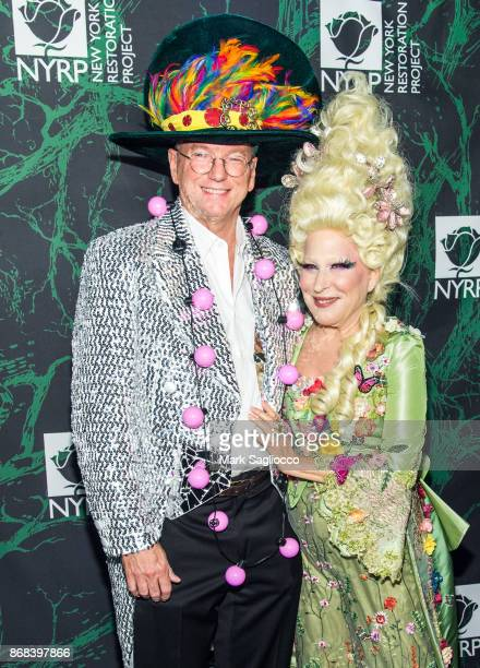 Google CoFounder Eric Schmidt and Bette Midler attend the Bette Midler's 2017 Hulaween Event Benefiting The New York Restoration Project at Cathedral...