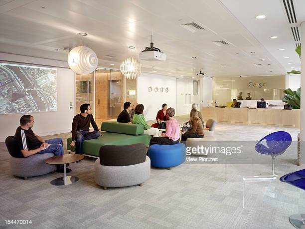 Google London United Kingdom Architect Degw Google General Reception With People