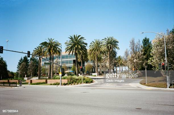 googleplex - mountain view california stock pictures, royalty-free photos & images