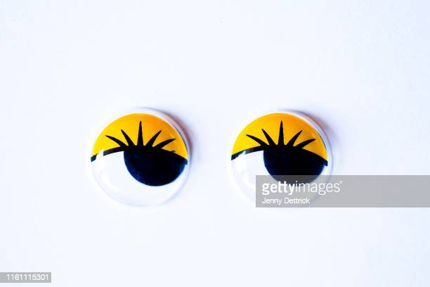 googly eyes looking sideways - googly eyes stock pictures, royalty-free photos & images