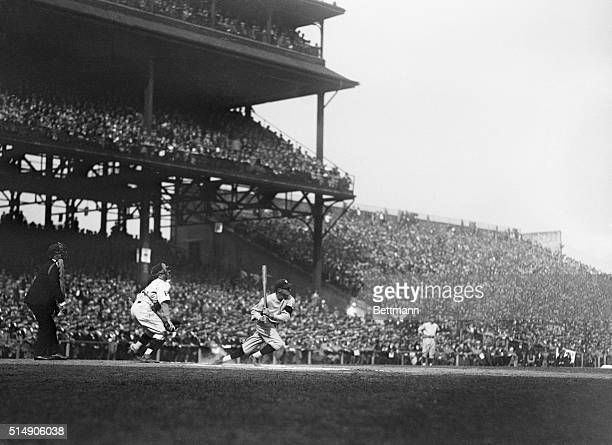 Goose Goslin of the Washington Senators batting During 1925 World Series In the 1925 World Series, the Pittsburgh Pirates beat the defending champion...