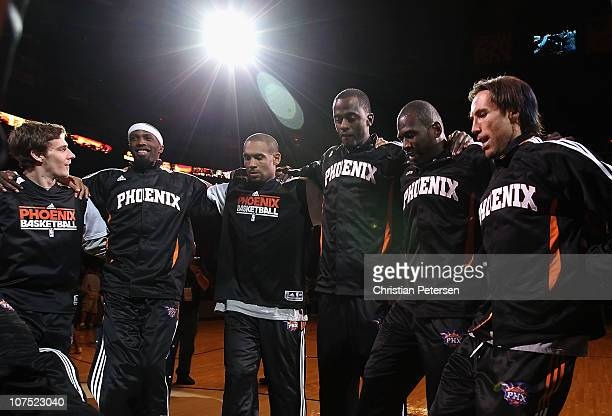 Goran Dragic Hakim WarrickGrant Hill Earl Barron Jason Richardson and Steve Nash of the Phoenix Suns huddle up before the NBA game against the...