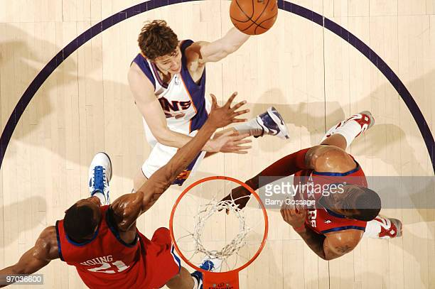 Goran Dragic of the Phoenix Suns drives for a shot against the Philadelphia 76ers in an NBA Game played on February 24 2010 at US Airways Center in...