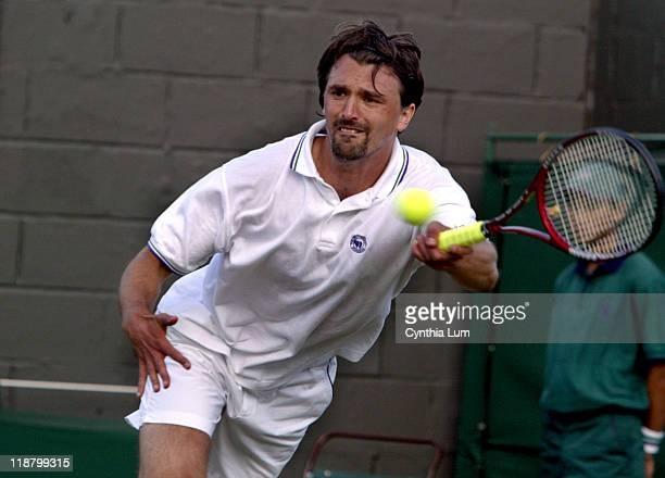 Goran Ivanisevic into the 3rd round with a 46 76 16 63 64 win over Fillippio Volandri