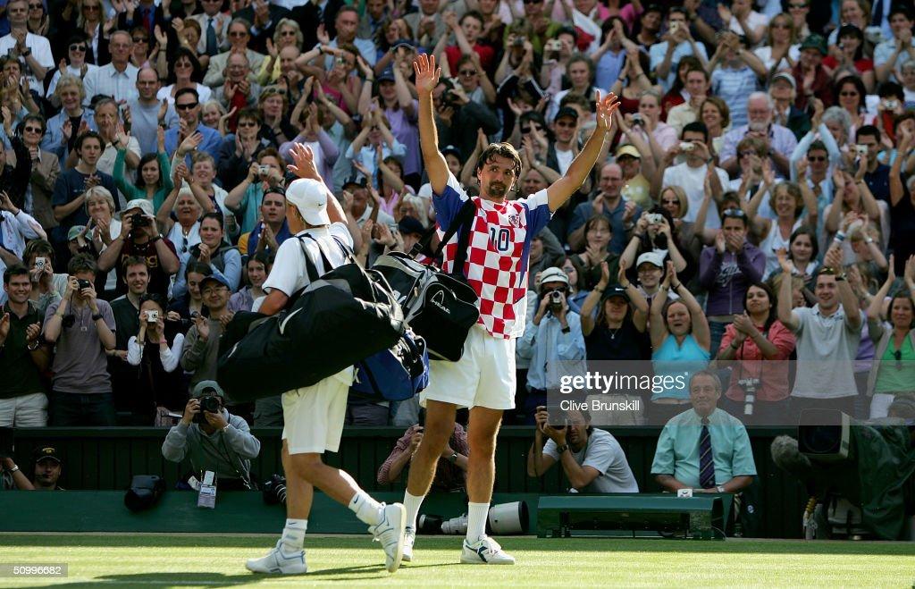 Wimbledon Championships 2004 - Day 5 : News Photo