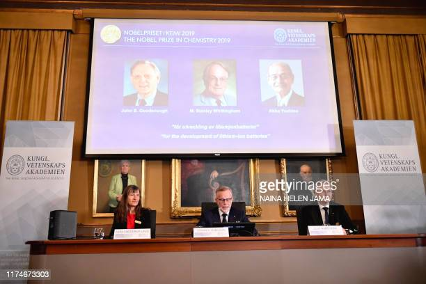 Goran K Hansson Secretary General of the Royal Swedish Academy of Sciences and academy members Sara Snogerup Linse and Olof Ramstrom announce the...