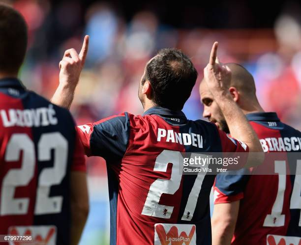 Goran Pandev of Genoa CFC celebrates after scoring the opening goal during the Serie A match between Genoa CFC and FC Internazionale at Stadio Luigi...