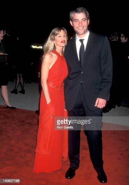 Goran Visnjic and Ivana Vrdoljak at the 27th Annual People's Choice Awards, Pasadena Civic Auditorium, Pasadena.