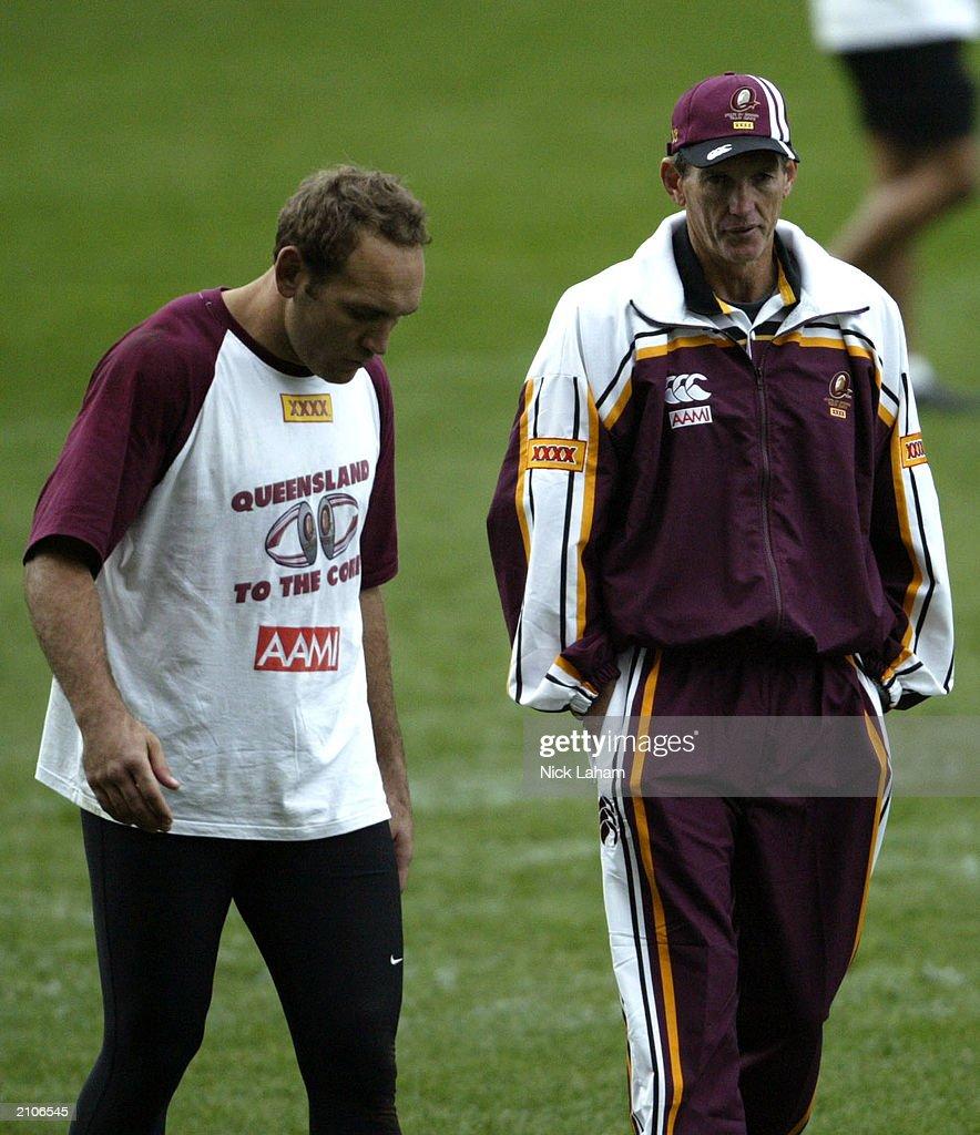 Gorden Tallis talks with coach Wayne Bennett during Queensland State of Origin Training June 24, 2003 at Telstra Stadium in Sydney, Australia.