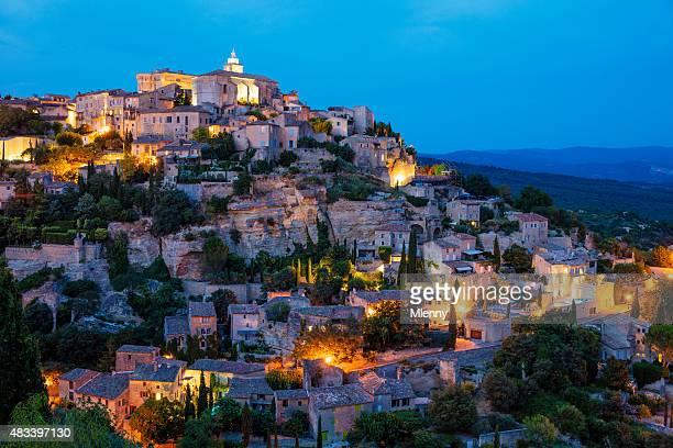 Gordes bei Nacht, Provence Alpes Frankreich