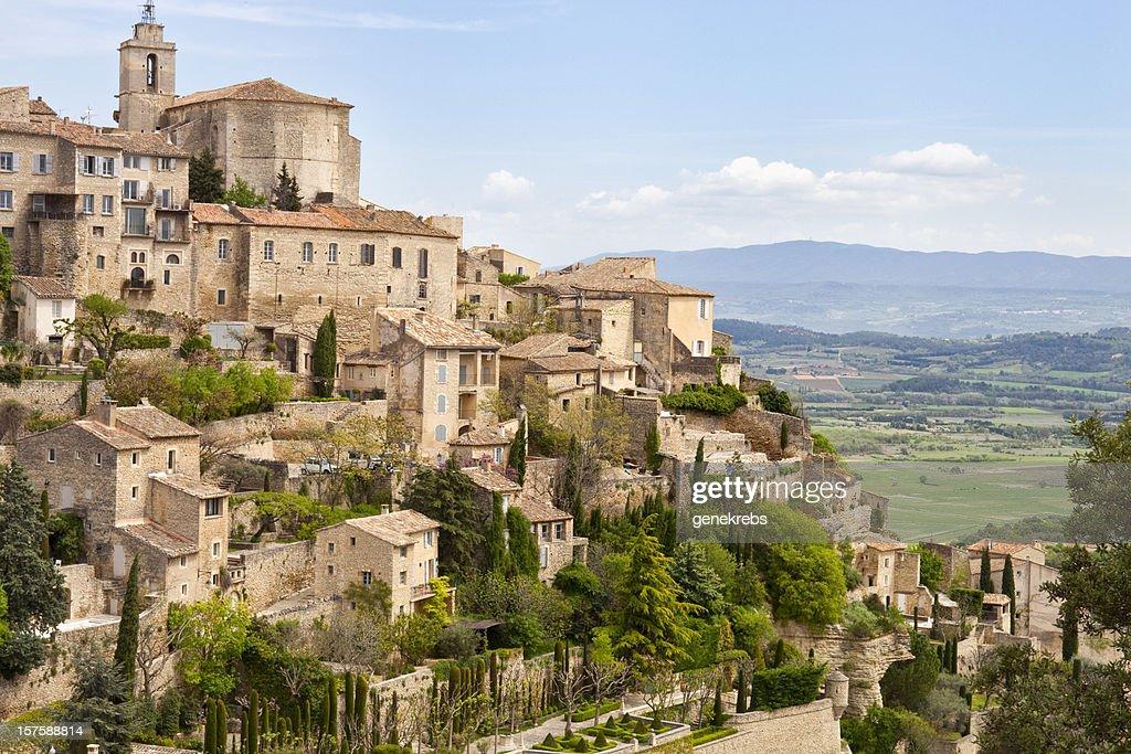Gordes, Provence, France, Spring, Valley of Luberon : Bildbanksbilder