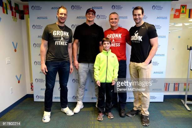 Gordie Gronkowski Jr Rob Gronkowski Gordy Gronkowski and Dan Gronkowski pose for a picture with Jacob at Boston Children's Hospital on February 13...