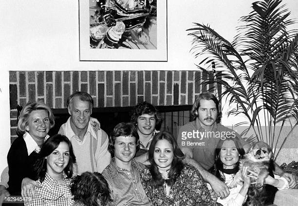 Gordie Howe and his family, Colleen Joffa Howe, Cathy Howe, Mark Howe, Murray Howe and Marty Howe take a family portrait at their home circa 1980 in...