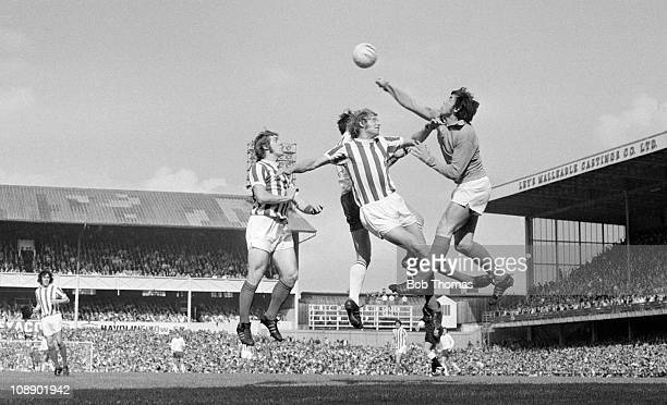 Gordon Banks of Stoke City punches clear during the Division One match against Derby County at the Baseball Ground Derby on 11th September 1971 Derby...