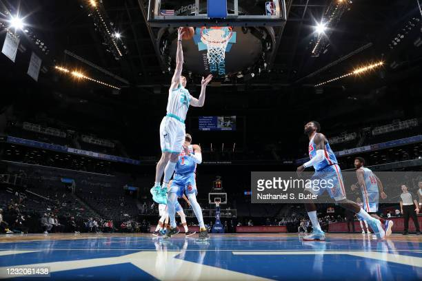 Gordon Hayward of the Charlotte Hornets drives to the basket during the game against the Brooklyn Nets on April 1, 2021 at Barclays Center in...