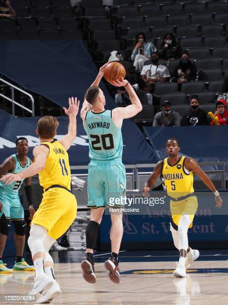 Gordon Hayward of the Charlotte Hornets shoots the ball against the Indiana Pacers on April 2, 2021 at Bankers Life Fieldhouse in Indianapolis,...