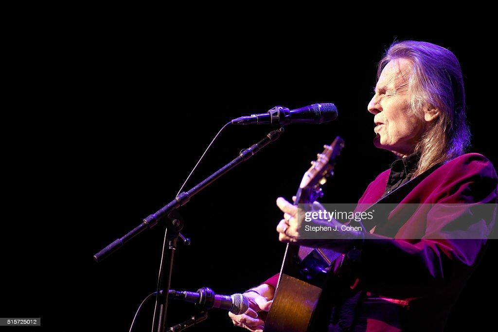 Gordon Lightfoot In Concert - Louisville, KY