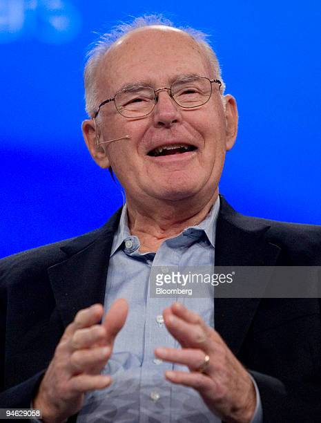 Gordon Moore, chairman emeritus and co-founder of Intel Corp., speaks during the Intel Developer Forum 2007 in San Francisco, California, U.S., on...