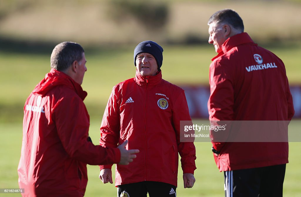Gordon Strachan manager of Scotland (C) in discussion with assistant coaches Mark McGhee (L) and goalkeeping coach Jim Stewart (R) during a Scotland training session at Mar Hall on November 7, 2016 in Glasgow, Scotland. Scotland are due to face England in a World Cup qualifier on November 11th at Wembley.