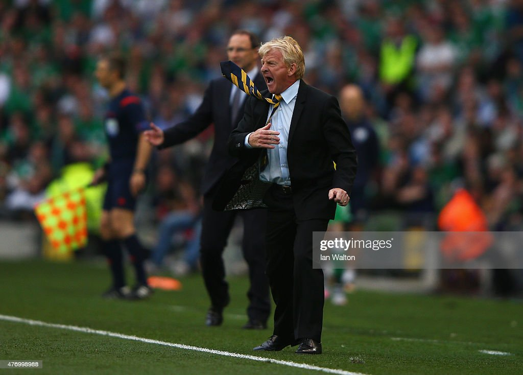 Gordon Strachan, manager of Scotland reacts with Martin O'Neill, manager of Republic of Ireland during the UEFA EURO 2016 Qualifier Group D match between Republic of Ireland and Scotland at Aviva Stadium on June 13, 2015 in Dublin, Ireland.