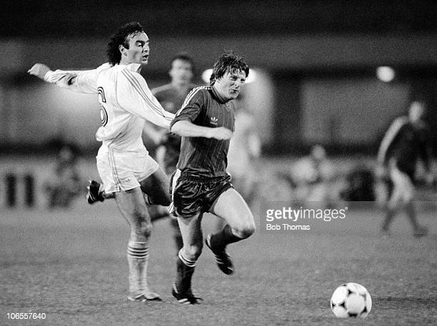 Gordon Strachan of Aberdeen is challenged by Ricardo Gallego of Real Madrid during the Aberdeen v Real Madrid European Cup Winners Cup Final played...
