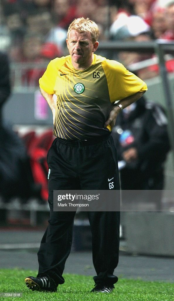 Gordon Strachan, the manager of Celtic, looks on during the UEFA Champions League group A match between Benfica and Celtic at the Estadio da Luz on November 1, 2006 in Lisbon, Portugal.