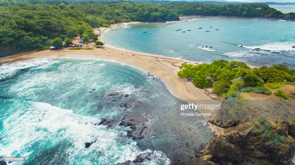 Gorgeous Beach in Costa Rica with Two Fronts of Water : Foto de stock