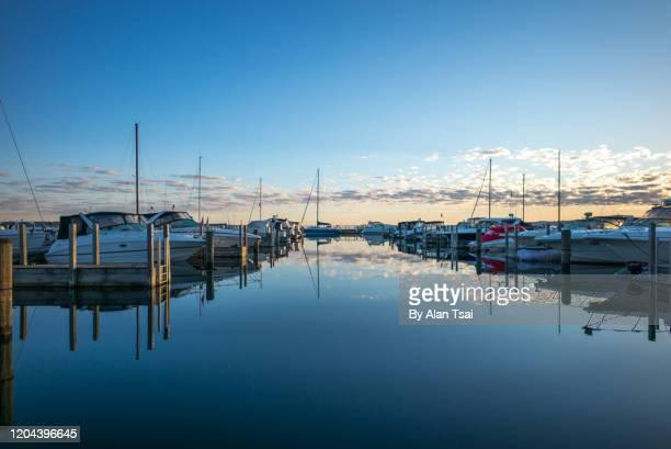 gorgeous sunrise over traverse bay - traverse city fotografías e imágenes de stock