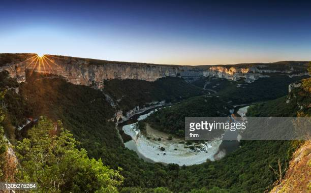 gorges de l'ardèche sunset (ardeche, france) - moment of silence stock pictures, royalty-free photos & images