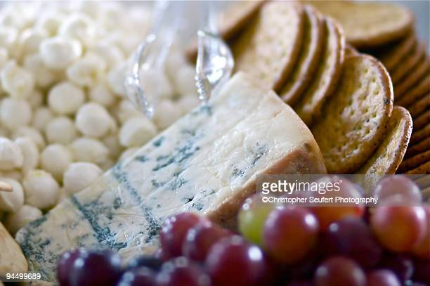 Gorgonzola Cheese and Crackers With Grapes