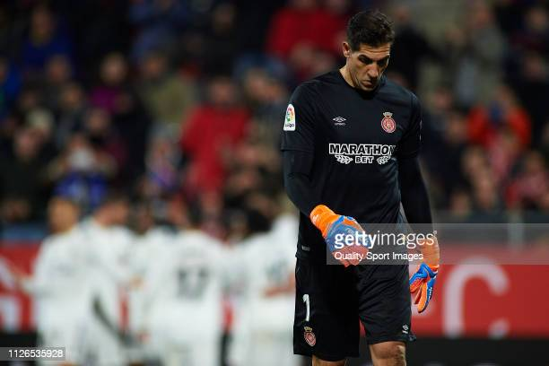 Gorka Iraizoz of Girona reacts during the Copa del Rey Quarter Final second leg match between Girona FC and Real Madrid at Montilivi Stadium on...