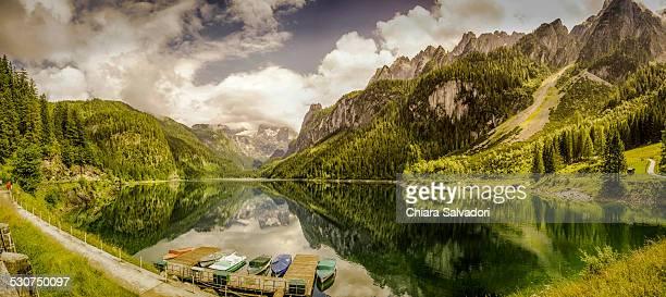gosau lake - austria fotografías e imágenes de stock