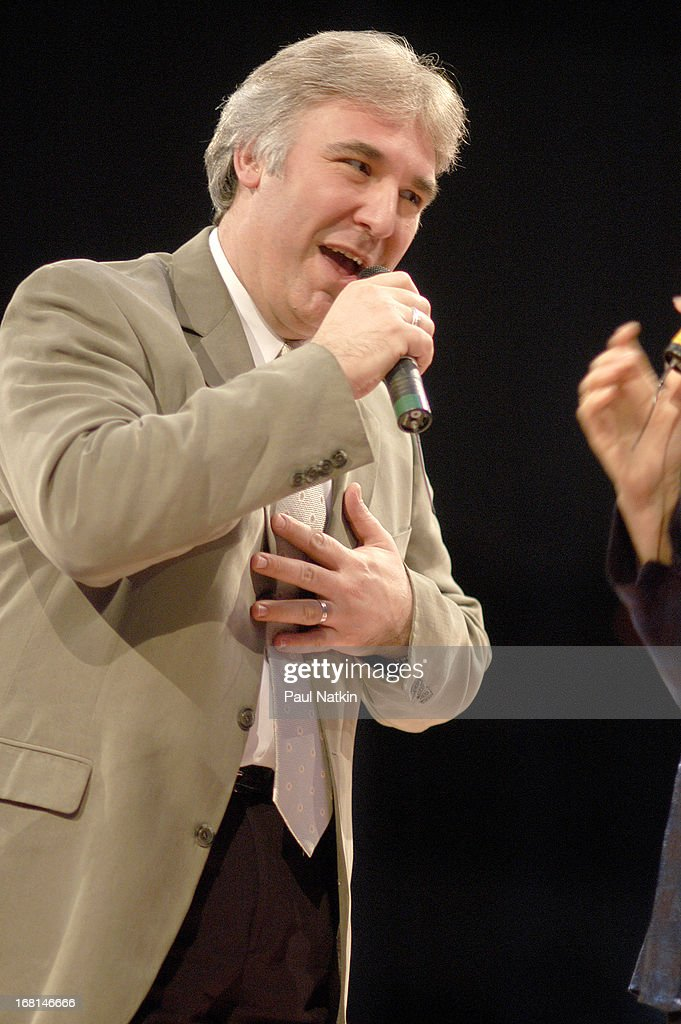 Mike Allen On Stage : News Photo