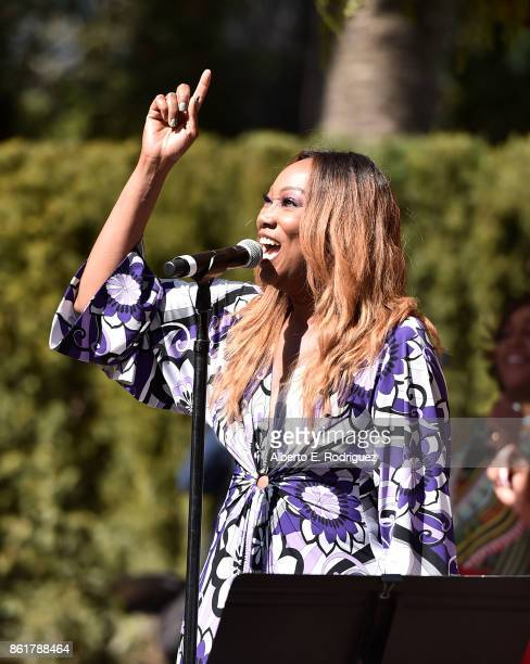 Gospel singer Yolanda Adams performs on stage at Oprah Winfrey's Gospel Brunch celebrating her new book Wisdom of Sundays on October 15 2017 in...