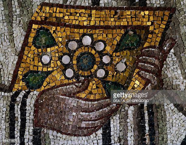 Gospels detail from Emperor Justinian and his entourage mosaic northern wall of the apse Basilica of San Vitale Ravenna EmiliaRomagna Italy 6th...