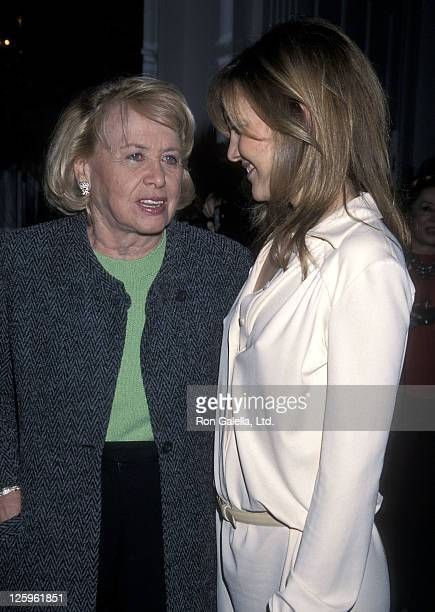 Gossip columnist Liz Smith and actress Kate Hudson attend the Hollywood Women's Press Club's 60th Annual Golden Apple Awards on December 10 2000 at...