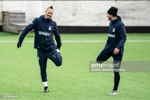 Goteborg's new player, Slovak midfielder Marek Hamsik and midfielder Kevin Yakob attend a training session, in Gothenburg, Sweden, on March 10, 2021....