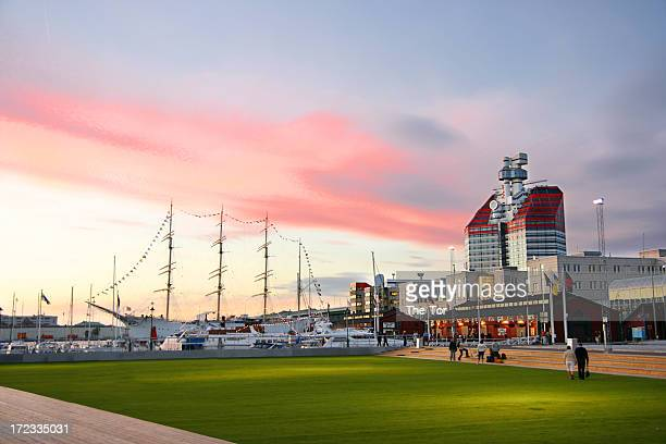 gothenburg harbor with beautiful red clouds - gothenburg stock pictures, royalty-free photos & images