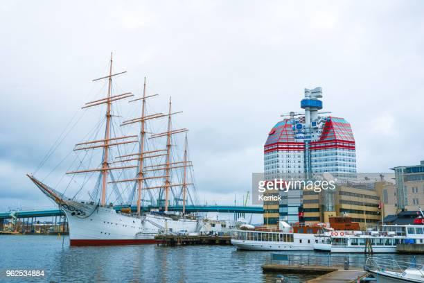 Göteborg - segelfartyg Viking och läppstift tornet Skanskaskrapan