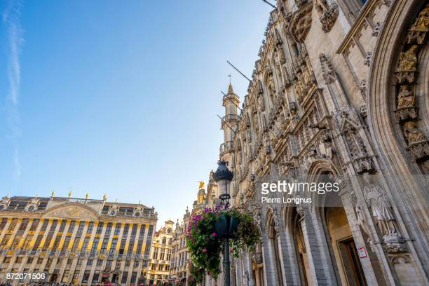 Gothic Architectural details of Brussels Town Hall, on the left is the House of the Dukes of Brabant on The Grand Place, UNESCO World Heritage Site, Brussels, Belgium