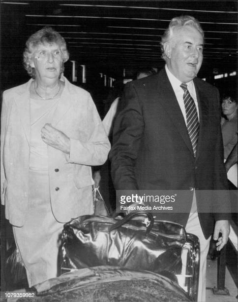 Gough amp Margaret Whitlam returns from 4 week overseas tripHe refused to speak with reporters at the Airport March 23 1983