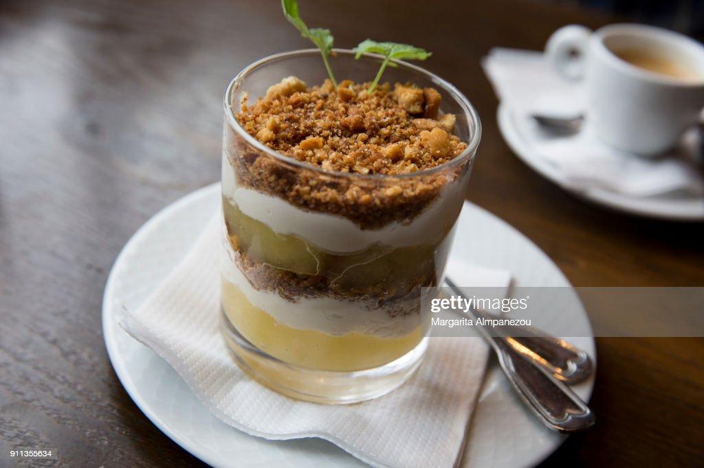 Gourmet apple crumble : Stock Photo