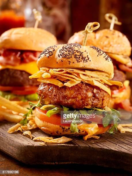 sanduíches gourmet - comida de pub - fotografias e filmes do acervo