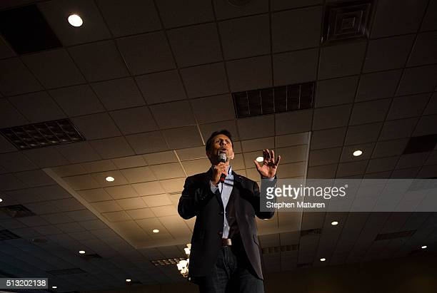 Gov Bobby Jindal introduces Republican presidential candidate Sen Marco Rubio to a crowd of supporters Courtyards of Andover Event Center in Andover...