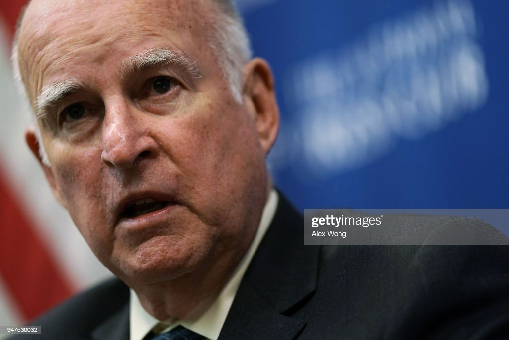 California Governor Jerry Brown Speaks At The National Press Club : News Photo