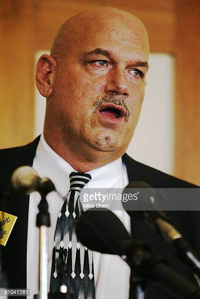 Gov Jesse Ventura Speaks To The Metronorth Chamber April 11 2002 At The Tournament Players Club In Blaine Mn Ventura Spoke About Campaign Finance...
